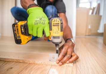 xperson using dewalt cordless impact driver on brown board 1249611 - Post Local Ads Backpage